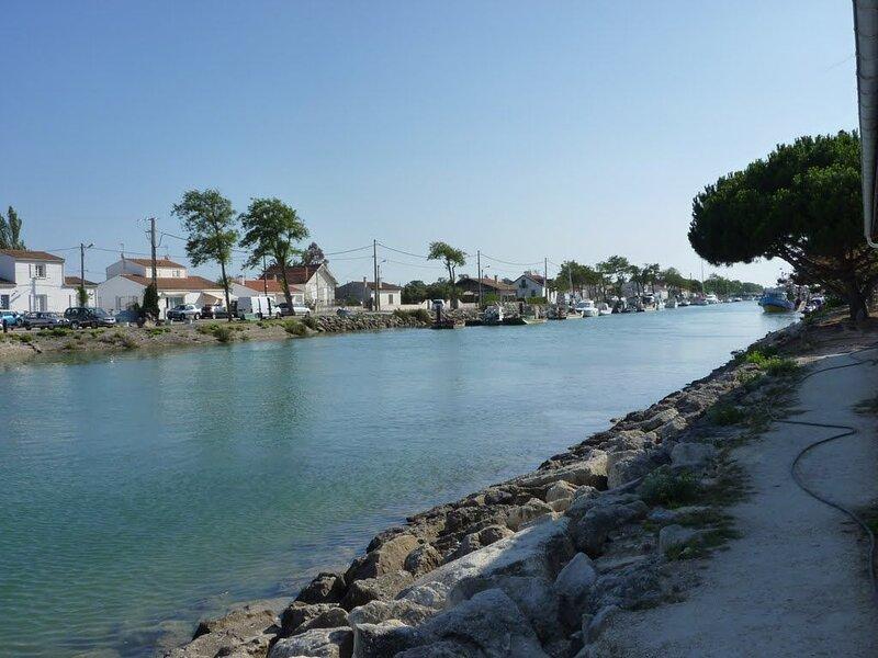 Maison vue mer sur un site classé à 500m du port, des commerces et du Golf., vakantiewoning in Saint-Georges d'Oléron