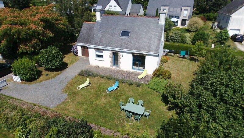 Maison Bretonne entièrement rénovée au coeur du Golfe du Morbihan, holiday rental in Pluneret