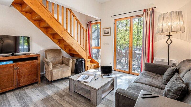 Résidence Les Cottages de Valjoly*** - Maison 4 Pièces 8 Personnes, vacation rental in Mariembourg