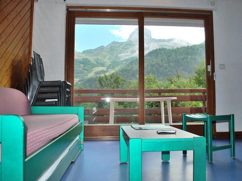 Les Chalets de l'Ossau - Chalet 2 Pièces Mezzanine 6/8 Personnes, location de vacances à Gourette