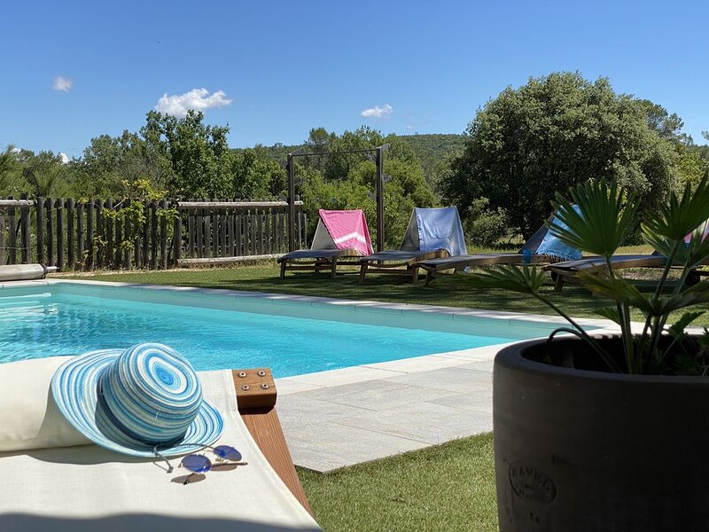 VILLA VAR PROVENCE PRIVATE POOL 8 people., holiday rental in Le Val