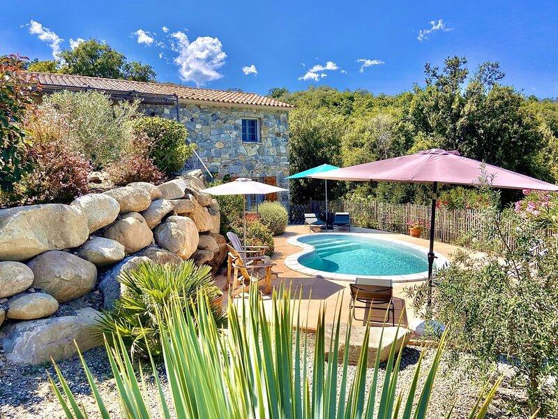 Maison de campagne - Vue mer - Piscine privée (chauffée), vacation rental in Haute-Corse