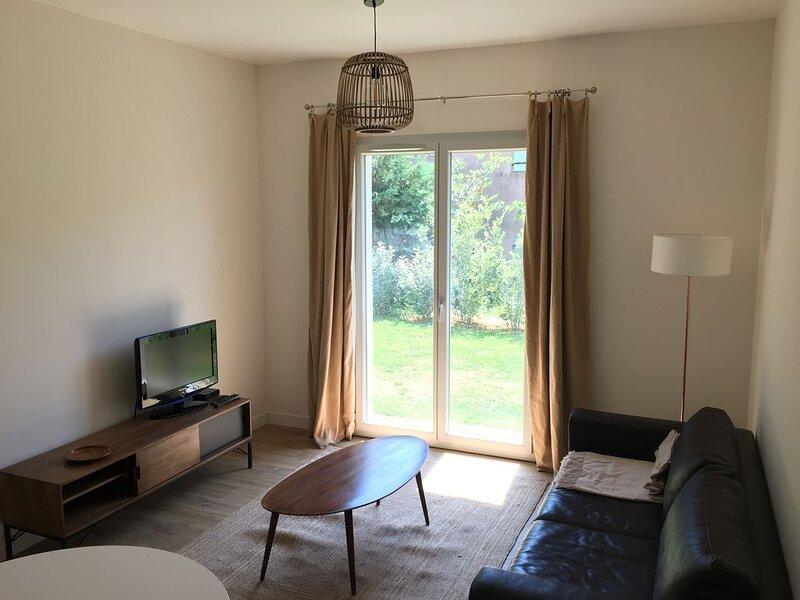 Appartement Rez de Jardin T2, alquiler vacacional en La Croix-Valmer