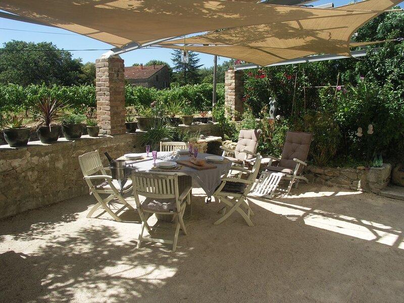 Gite rural entre Provence et Cevennes, location de vacances à Vèzenobres