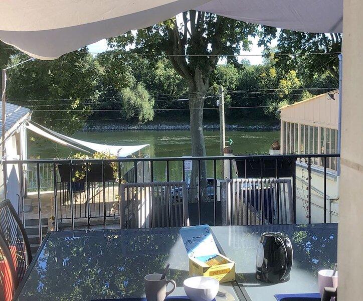 Vue sur Loire. Le Futreau, gîte 8/9 pers, holiday rental in Saint-Aubin-de-Luigne