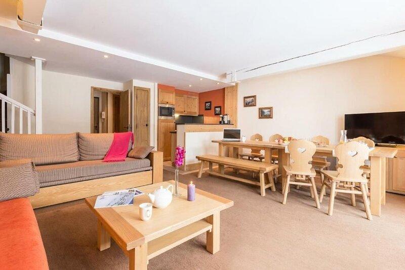 Résidence Pierre & Vacances Premium Les Chalets du Forum**** - 4 Pièces 10 Perso, holiday rental in Saint-Bon-Tarentaise