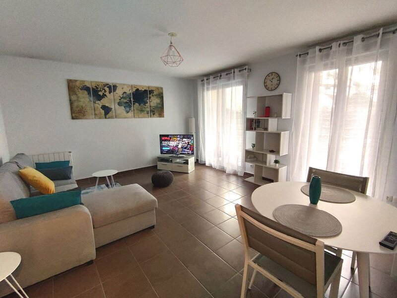 Appartement Rez de Jardin - 41 m² - 1 Chambre, holiday rental in Limay