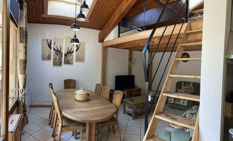 Appartement 90m2 aux Carroz 3 chambres pour 8 pers, casa vacanza a Araches-la-Frasse