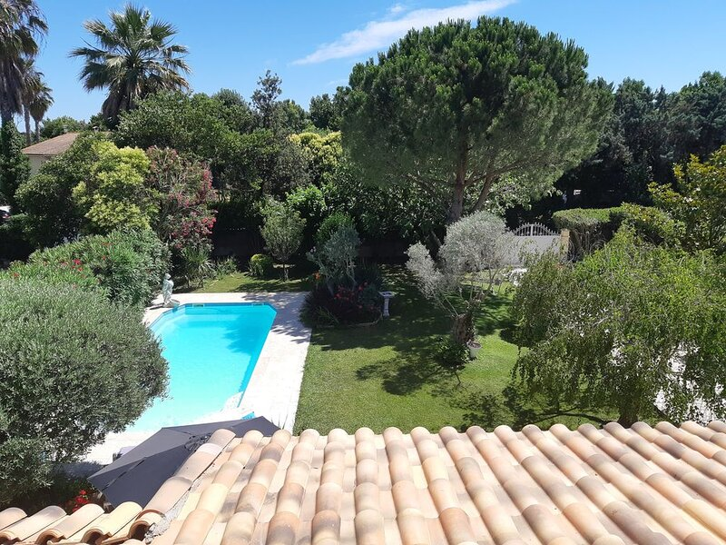 Appartement independant avec piscine, vacation rental in Villeneuve-les-Maguelone