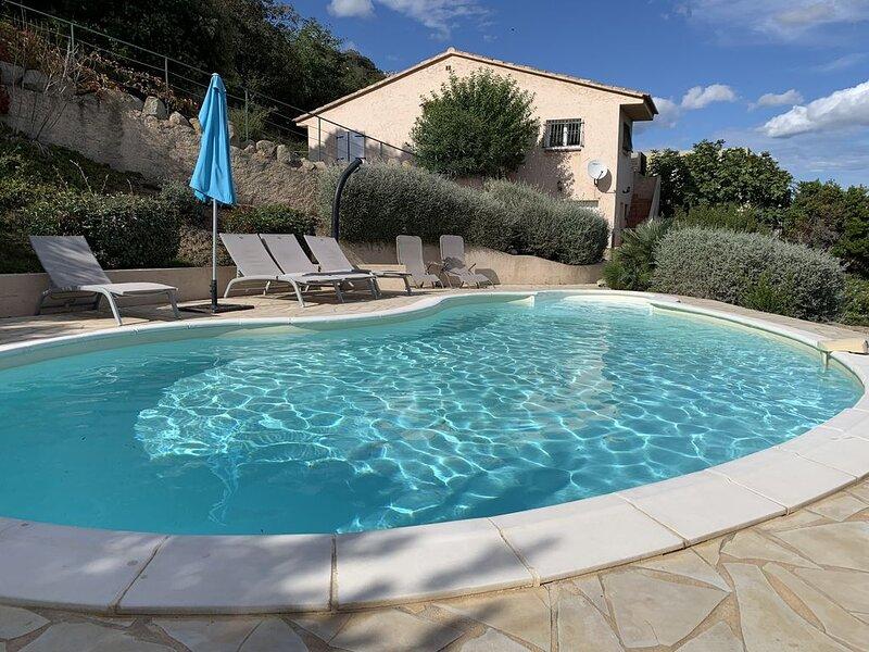 2 PIÈCES REZ DE JARDIN VILLA  A PORTO VECCHIO, holiday rental in Pietra Longa Salvini