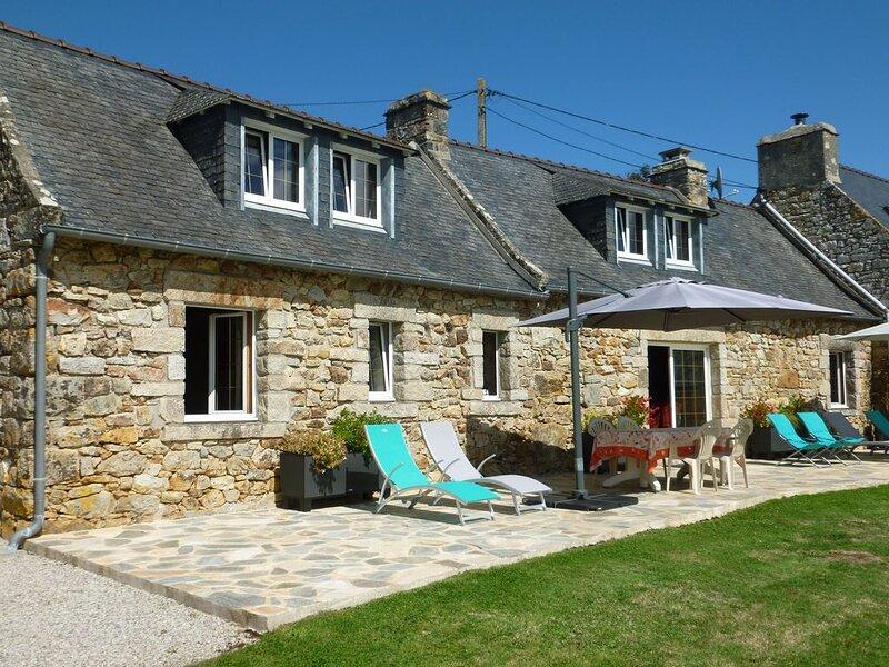 Maison en pierres vue mer exceptionnelle, sur terrain de 3000m2, alquiler de vacaciones en Camaret-sur-Mer