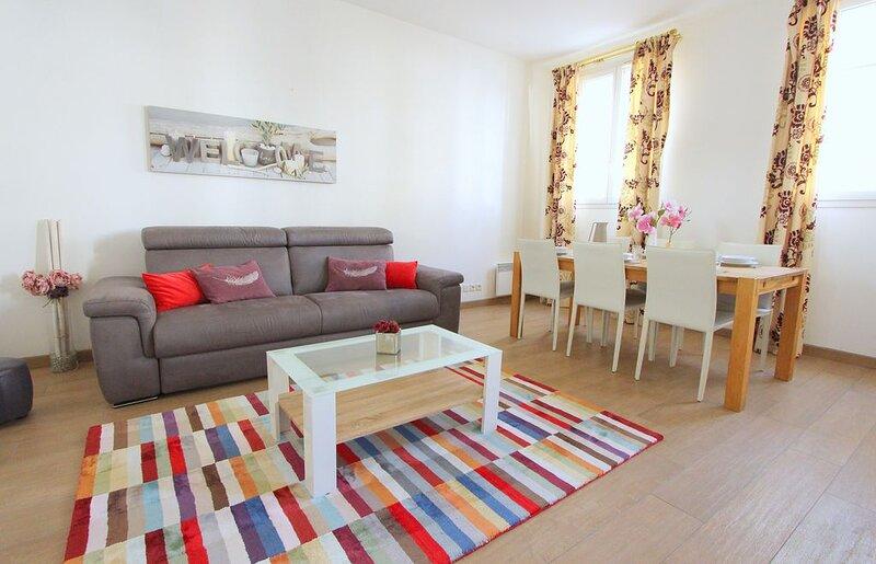 Spacieux appartement 7pax Disneyland Val d'Europe 10mn (ELBE1), vacation rental in Seine-et-Marne