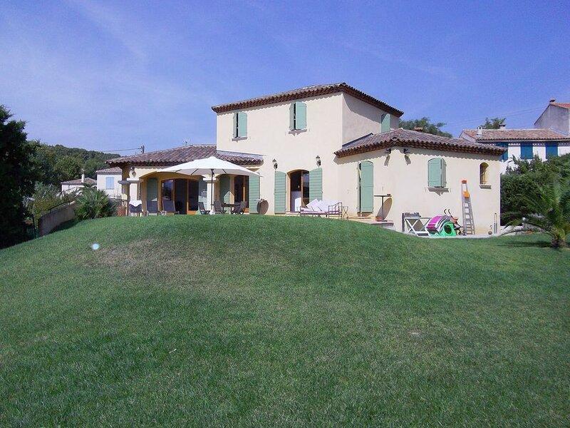Villa Méditerranéenne, holiday rental in Plan De Cuques