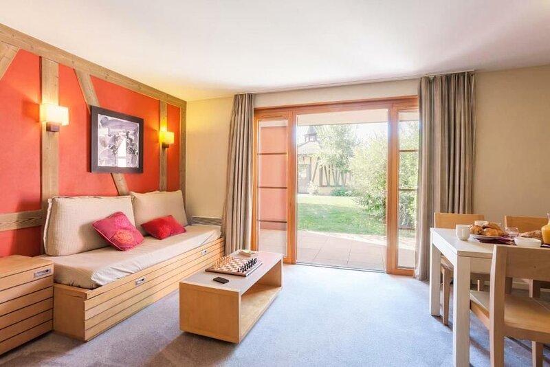 Résidence Pierre & Vacances Le Clos d'Eguisheim**** - 2/3 pièces 6/7 personnes S, holiday rental in Walbach