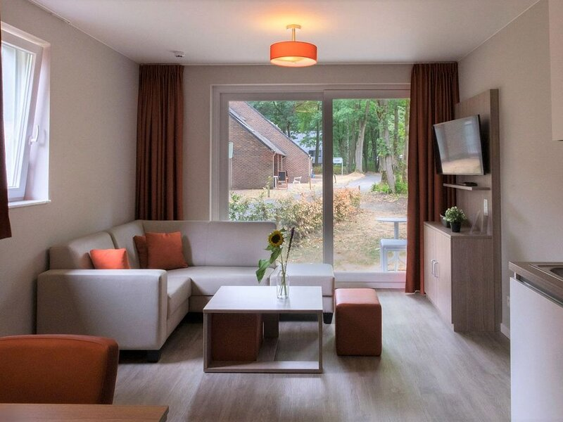 Appartement pour 6 personnes, aluguéis de temporada em Heusden-Zolder