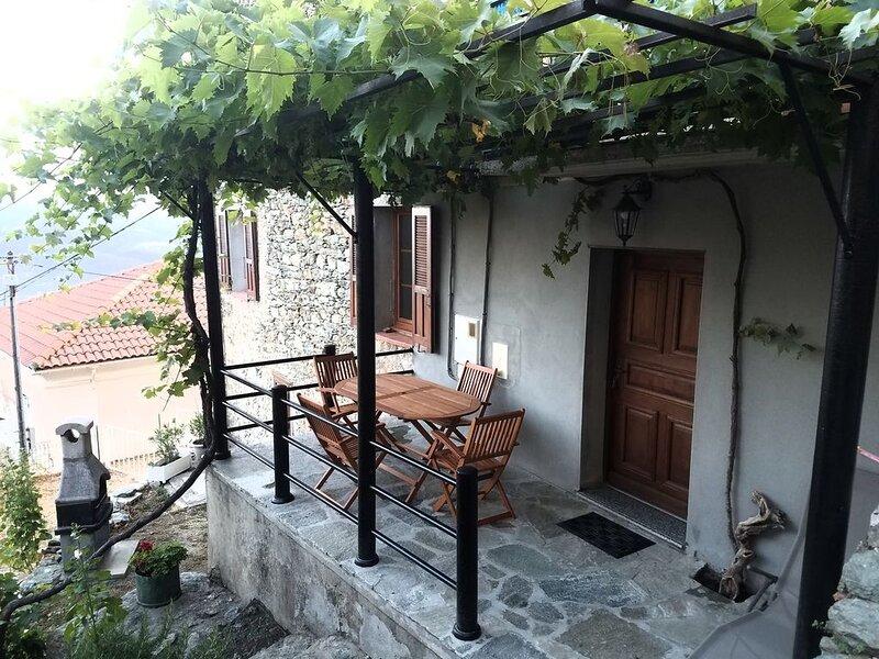 Maison/village ancien de montagne Haute-Corse (CORTE et alentours 10min), location de vacances à Vénaco