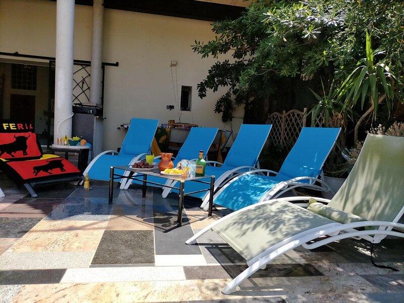 Appartement pour 4/5P a 3km de la plage de ste marie la mer et à la campagne, location de vacances à Torreilles