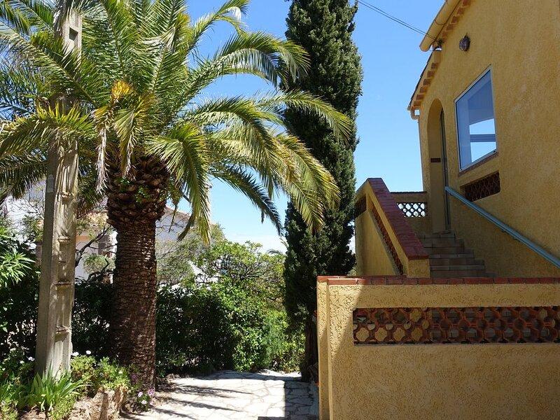 Villa Macoran  3 pièces - climatisé - au calme - vue sur mer, location de vacances à Fréjus