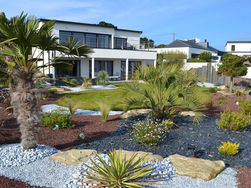Villa neuve et spacieuse avec SPA, vue sur mer, vakantiewoning in Taule