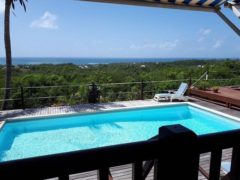 Villa 6/8 pers piscine  vue mer face Marie-Galante, casa vacanza a Sainte-Anne