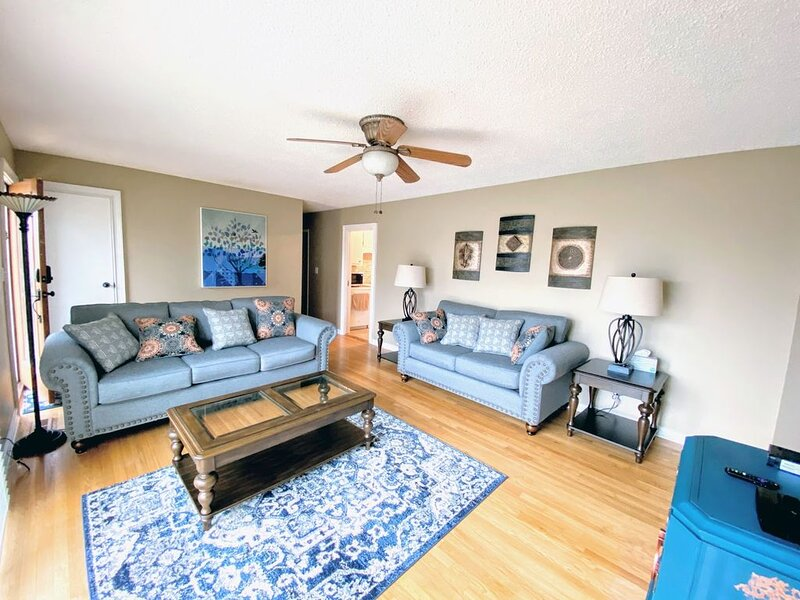 Cozy Oasis ★ Ace Location ★ Fully Equipped ★, holiday rental in Meridianville