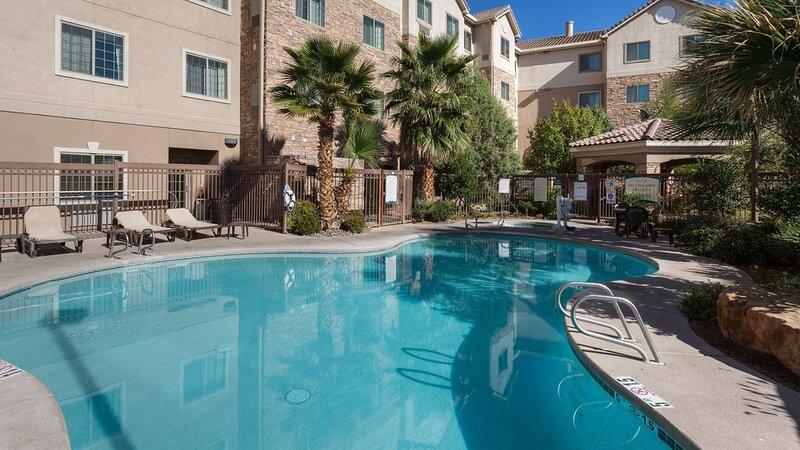 1 Bedroom Suite | Staybridge Las Cruces, holiday rental in Mesilla