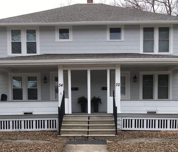 Urban Townhouse With Tranquil Atmosphere, vacation rental in Fond du Lac