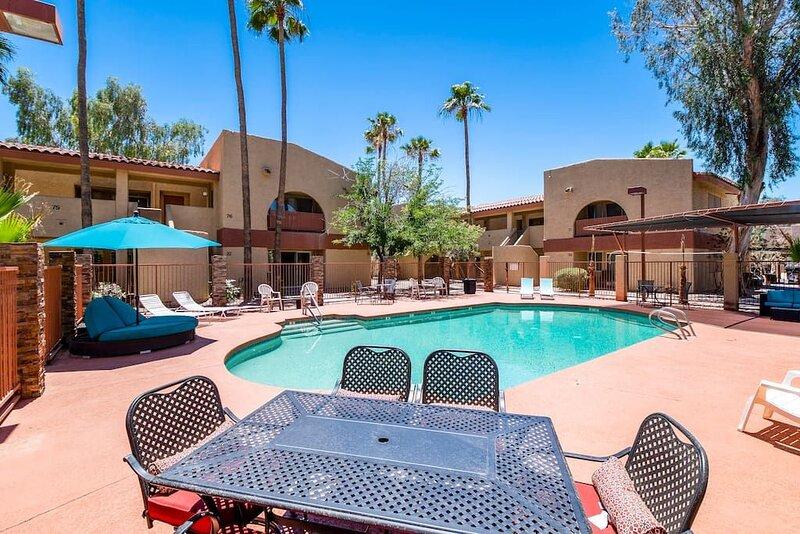 34B- Modern studio condo heated pool and dog park, vacation rental in Arizona City