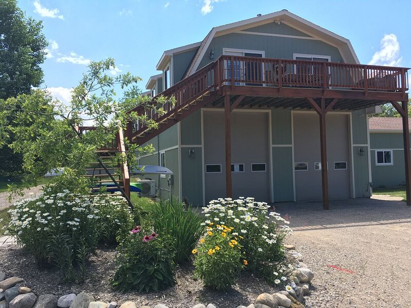 Northern Michigan 'Treehouse' Retreat, location de vacances à Boyne City