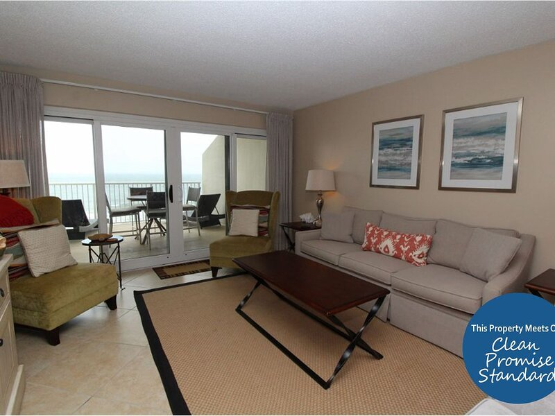 Sandy Key 825- Beautiful 2 bedroom unit with breathtaking views!, holiday rental in Pensacola