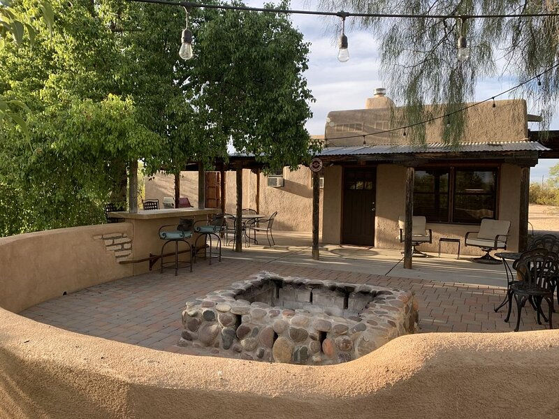 Ranch house on 5 acres, family and pet friendly, totally private, holiday rental in Red Rock