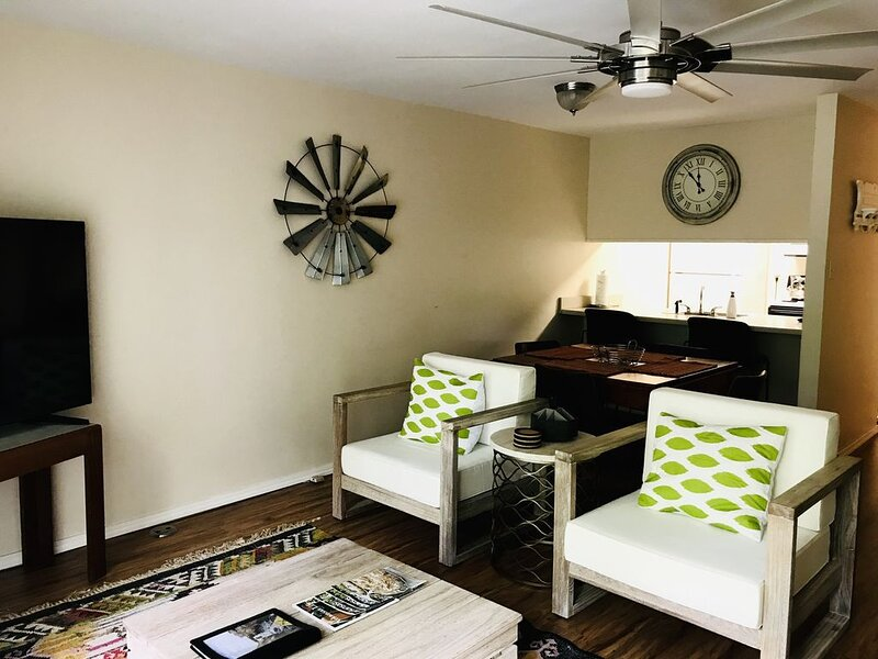 Beautiful Condo nestled in the mountains of Fairfield Bay Arkansas., holiday rental in Shirley