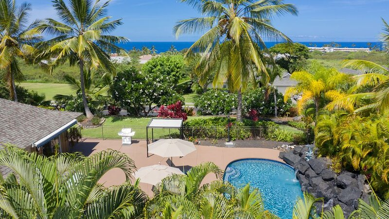 Best of Kona: pool, hot tub, walk to ocean, free wifi, newly remodeled, alquiler de vacaciones en Kailua-Kona