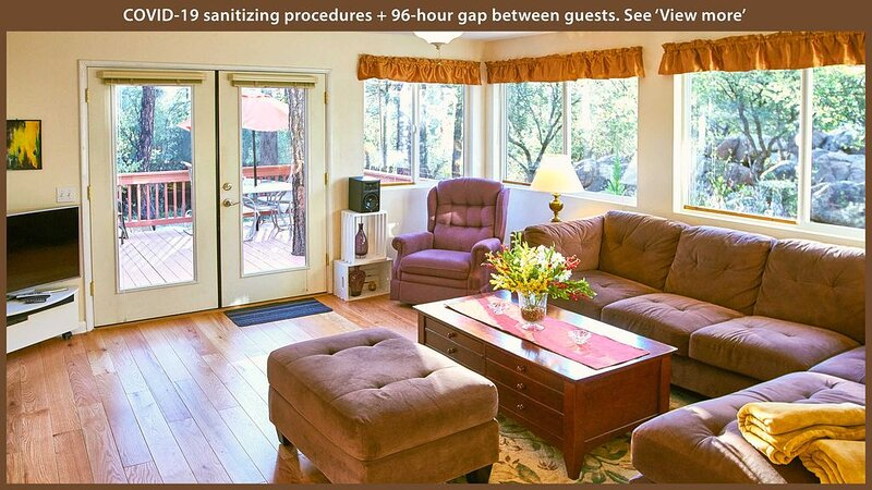 Modern, Cozy, Family Home in the Pines – Allergy Friendly, casa vacanza a Skull Valley