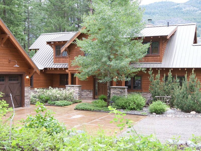 Black Bear Lodge-Mazama, WA, on the Ski Trail, Access to Community Pool&Hot Tub, holiday rental in Mazama