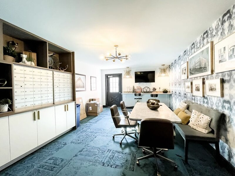 Mailroom with conference table