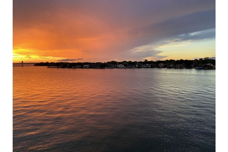 Lake house - unit 309, vacation rental in Willis