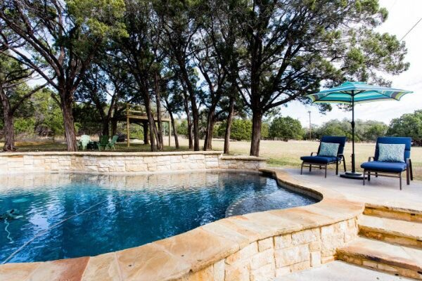 Private Countryside Cottage by Whitetail Rentals, holiday rental in Liberty Hill