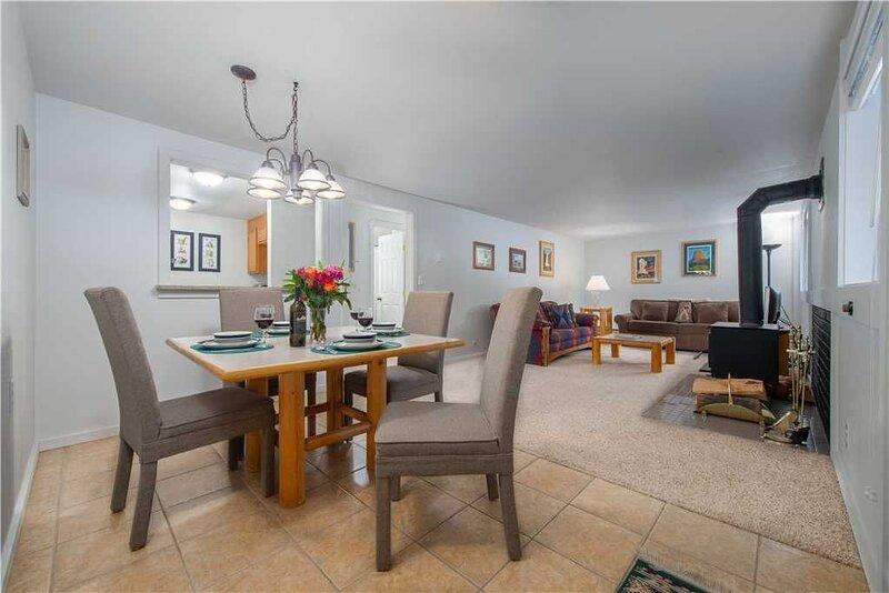 RMR: Convenient 1 BR Teton Village Condo for 4, vacation rental in Teton Village