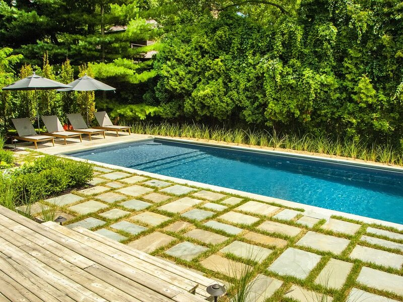 Private Luxury - New Hampton's Style Pool, holiday rental in New Buffalo