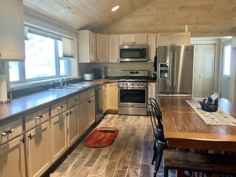 Cozy cabin. Come relax in the Northwoods!, alquiler vacacional en Wausaukee