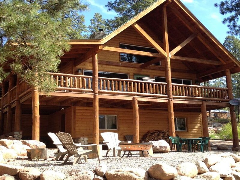 'Lakeview' Large Lake View Home in the Pines, holiday rental in Bayfield