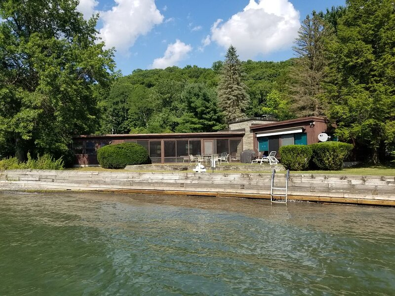 Lake House - Skaneateles Lake, holiday rental in Ridgemont