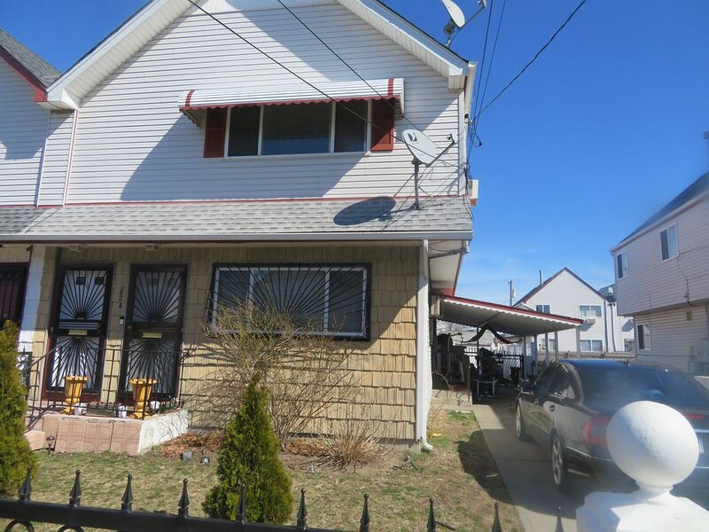 Big Apple Escape to Arverne by the Sea, Ferienwohnung in Rosedale