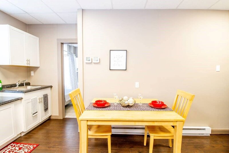 Suite #1 - 1 Bed 1 Bath in the middle of Downtown, holiday rental in Chamois
