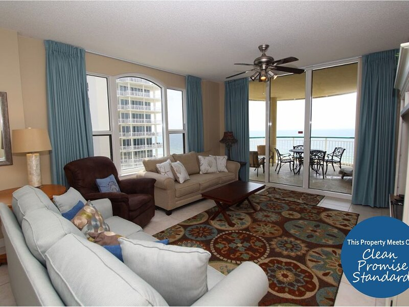 Beach Colony East 7A- Beach Front unit with large terrace & amazing views!, holiday rental in Pensacola