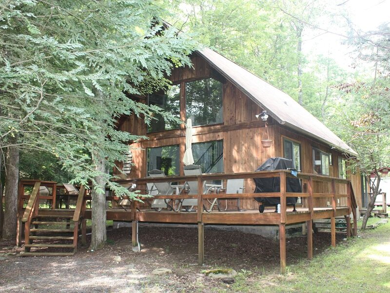 The Little Chalet in the Woods, location de vacances à Hamlin