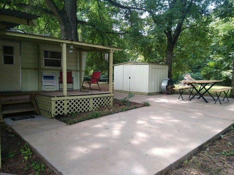 WanderLost Lakeside - WanderLost Lakeside - Lake Dardanelle, holiday rental in New Blaine