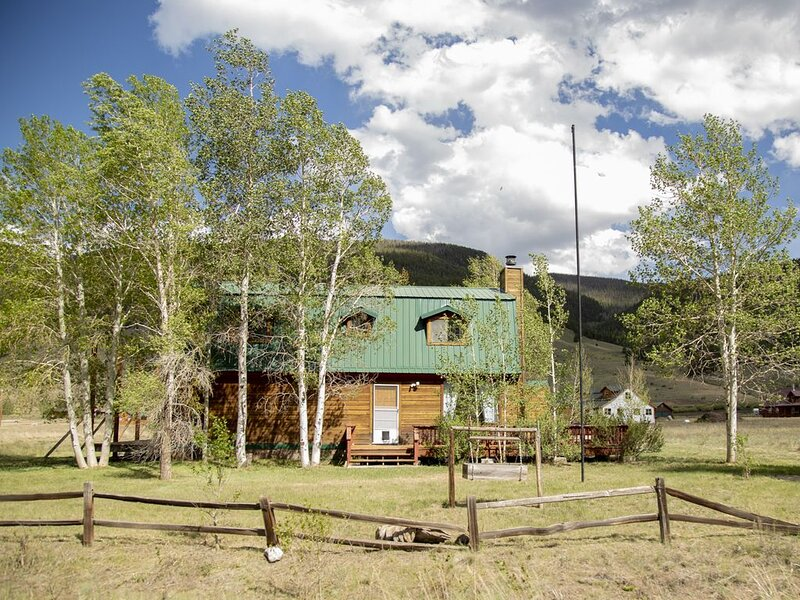 Ready For You To  Come Create Your Own Creede Adventure!, holiday rental in Creede