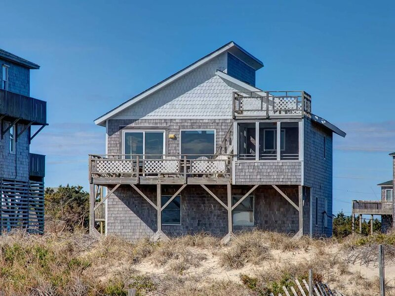 Direct Oceanfront 4 Bd Home. Private Beach Unobstructed Views, alquiler de vacaciones en Avon